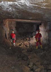 Primera imatge de la secció The cave